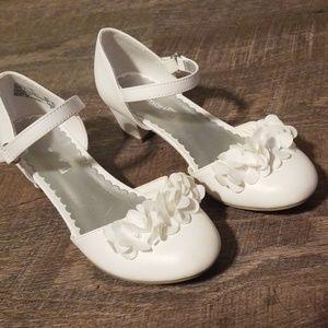 White girla sandals size 13